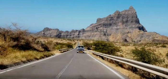 ROAD ROUGHNESS SURVEY IN CAPE VERDE